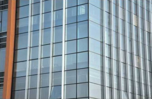 黔东南玻璃幕墙